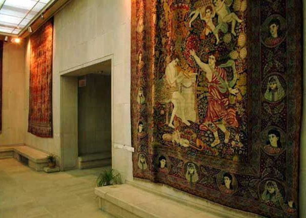 012-national-carpet-museum-iran