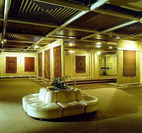 09-national-carpet-museum-iran